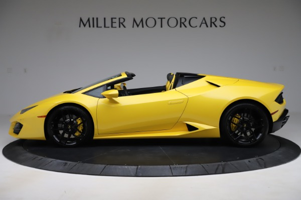 Used 2018 Lamborghini Huracan LP 580-2 Spyder for sale $203,900 at Bentley Greenwich in Greenwich CT 06830 3