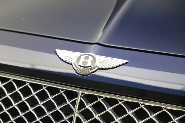 Used 2017 Bentley Bentayga W12 for sale $149,900 at Bentley Greenwich in Greenwich CT 06830 14