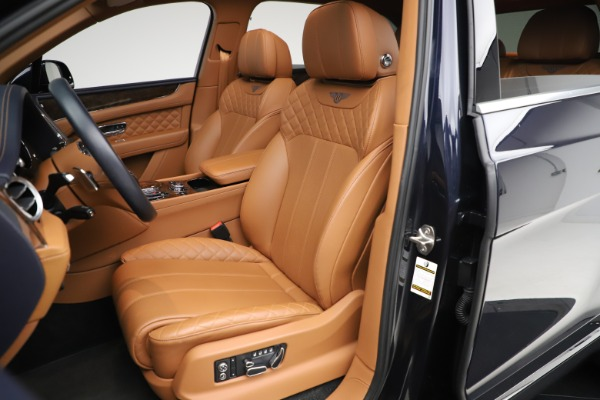 Used 2017 Bentley Bentayga W12 for sale $149,900 at Bentley Greenwich in Greenwich CT 06830 20