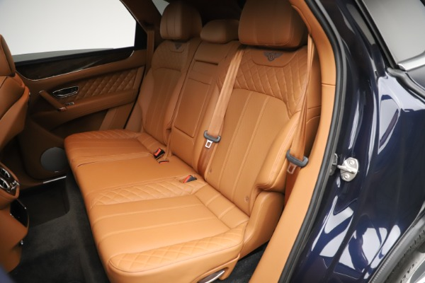 Used 2017 Bentley Bentayga W12 for sale $149,900 at Bentley Greenwich in Greenwich CT 06830 23