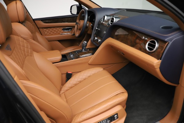 Used 2017 Bentley Bentayga W12 for sale $149,900 at Bentley Greenwich in Greenwich CT 06830 26