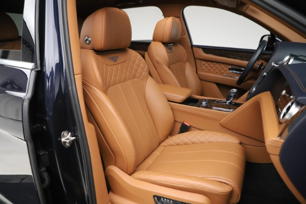 Used 2017 Bentley Bentayga W12 for sale $149,900 at Bentley Greenwich in Greenwich CT 06830 28