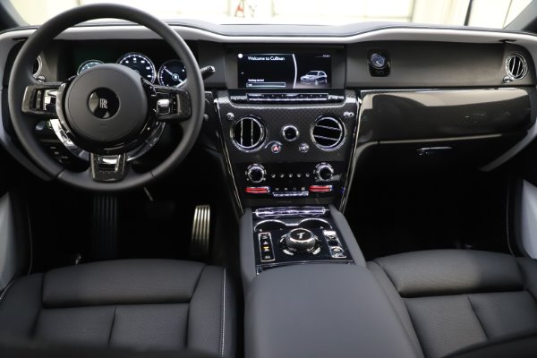 New 2020 Rolls-Royce Cullinan Black Badge for sale $451,625 at Bentley Greenwich in Greenwich CT 06830 16
