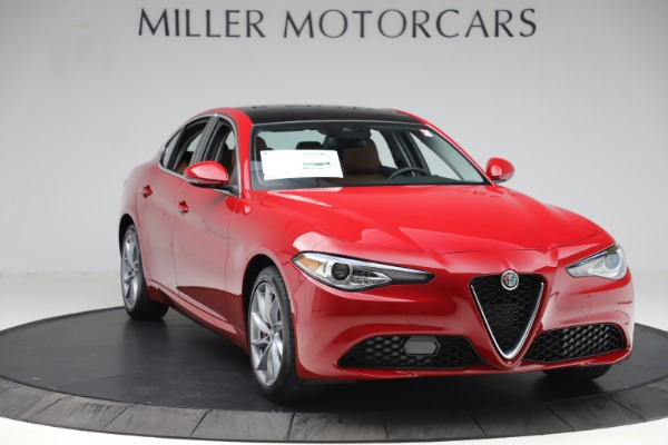 New 2020 Alfa Romeo Giulia Q4 for sale $45,740 at Bentley Greenwich in Greenwich CT 06830 11