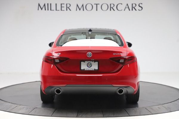 New 2020 Alfa Romeo Giulia Q4 for sale $45,740 at Bentley Greenwich in Greenwich CT 06830 6
