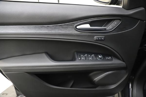 New 2020 Alfa Romeo Stelvio Q4 for sale $49,840 at Bentley Greenwich in Greenwich CT 06830 17