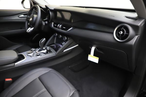 New 2020 Alfa Romeo Stelvio Q4 for sale $49,840 at Bentley Greenwich in Greenwich CT 06830 22