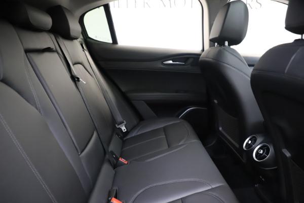 New 2020 Alfa Romeo Stelvio Q4 for sale $49,840 at Bentley Greenwich in Greenwich CT 06830 27