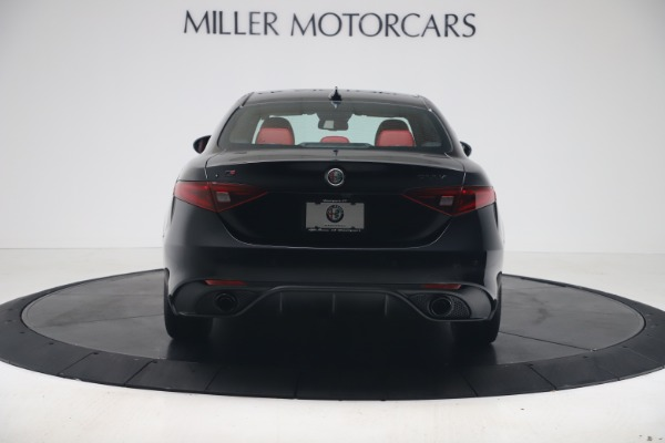 New 2020 Alfa Romeo Giulia Ti Sport Q4 for sale $56,440 at Bentley Greenwich in Greenwich CT 06830 6