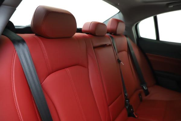 New 2020 Alfa Romeo Giulia Q4 for sale $45,740 at Bentley Greenwich in Greenwich CT 06830 26