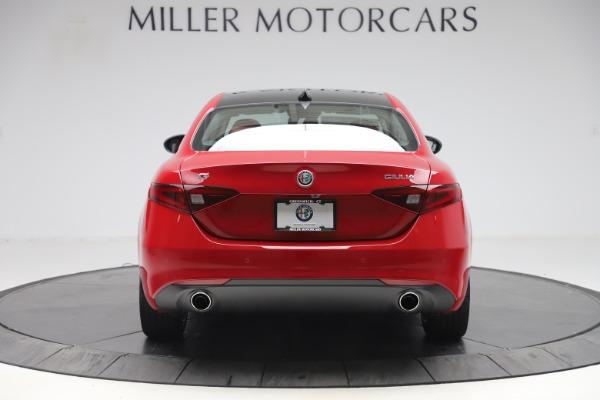 New 2020 Alfa Romeo Giulia Q4 for sale $45,740 at Bentley Greenwich in Greenwich CT 06830 6