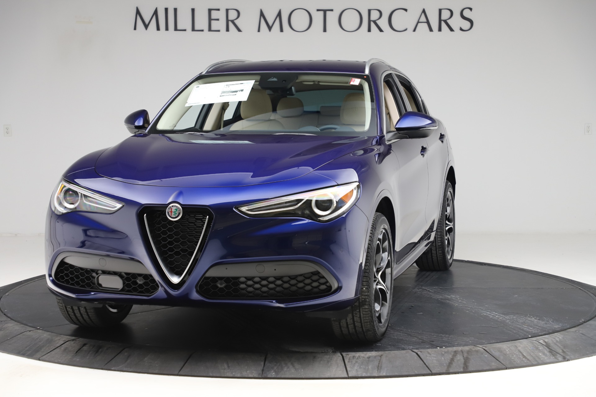 New 2020 Alfa Romeo Stelvio Ti Lusso Q4 for sale $55,790 at Bentley Greenwich in Greenwich CT 06830 1