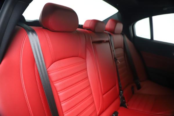 New 2020 Alfa Romeo Giulia Ti Sport Q4 for sale $53,790 at Bentley Greenwich in Greenwich CT 06830 26