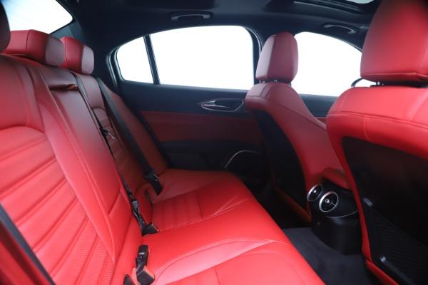 New 2020 Alfa Romeo Giulia Ti Sport Q4 for sale $53,790 at Bentley Greenwich in Greenwich CT 06830 27