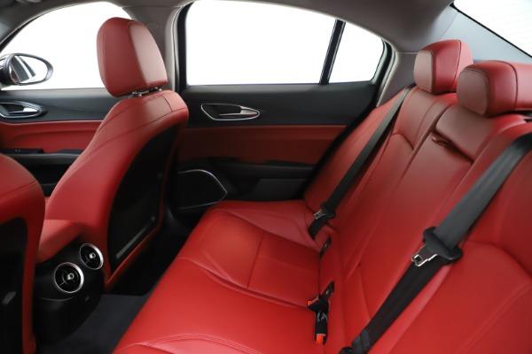 New 2020 Alfa Romeo Giulia Q4 for sale $45,740 at Bentley Greenwich in Greenwich CT 06830 19