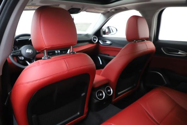 New 2020 Alfa Romeo Giulia Q4 for sale $45,740 at Bentley Greenwich in Greenwich CT 06830 20