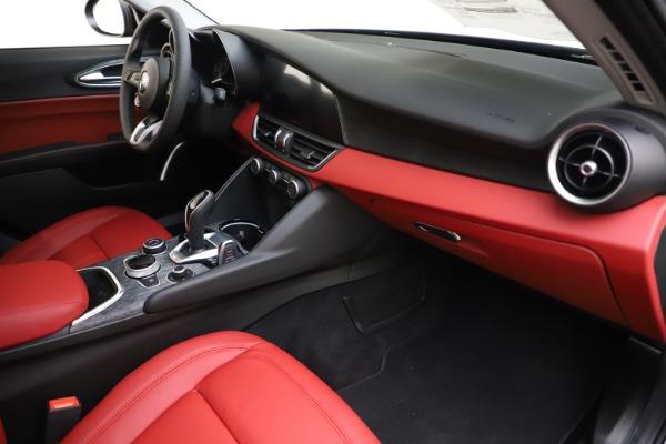 New 2020 Alfa Romeo Giulia Q4 for sale $45,740 at Bentley Greenwich in Greenwich CT 06830 22