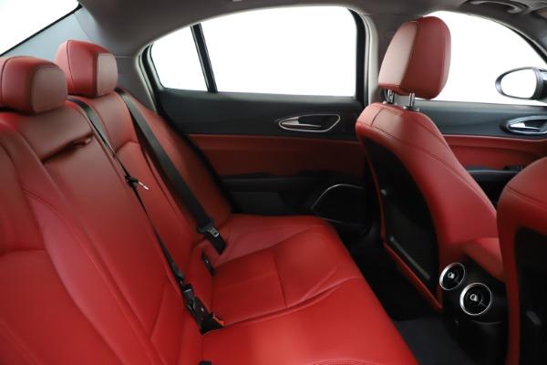 New 2020 Alfa Romeo Giulia Q4 for sale $45,740 at Bentley Greenwich in Greenwich CT 06830 27