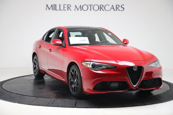 New 2020 Alfa Romeo Giulia Sport Q4 for sale $42,790 at Bentley Greenwich in Greenwich CT 06830 11
