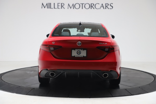 New 2020 Alfa Romeo Giulia Sport Q4 for sale $42,790 at Bentley Greenwich in Greenwich CT 06830 6