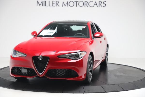 New 2020 Alfa Romeo Giulia Sport Q4 for sale $42,790 at Bentley Greenwich in Greenwich CT 06830 1
