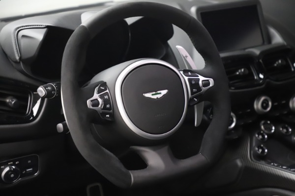 New 2020 Aston Martin Vantage Coupe for sale $184,787 at Bentley Greenwich in Greenwich CT 06830 17