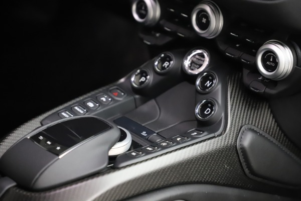 New 2020 Aston Martin Vantage for sale $184,787 at Bentley Greenwich in Greenwich CT 06830 22