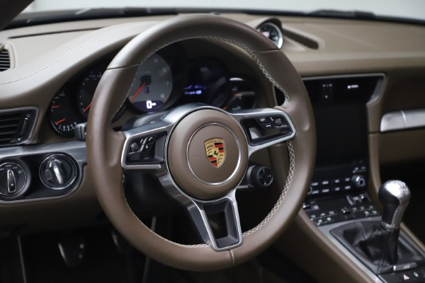 Used 2018 Porsche 911 Targa 4S for sale $134,900 at Bentley Greenwich in Greenwich CT 06830 20