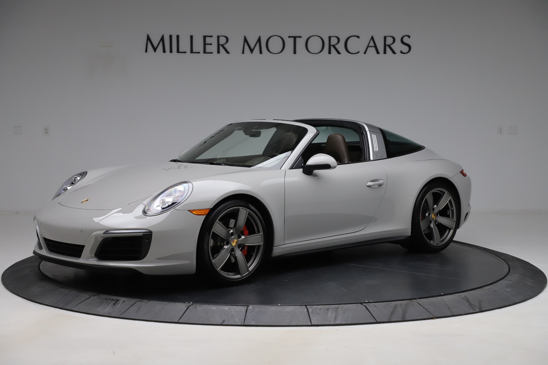 Used 2018 Porsche 911 Targa 4S for sale $134,900 at Bentley Greenwich in Greenwich CT 06830 1