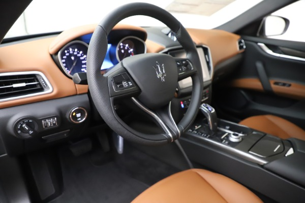 New 2020 Maserati Ghibli S Q4 for sale $79,985 at Bentley Greenwich in Greenwich CT 06830 13
