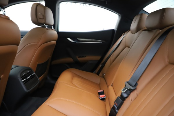 New 2020 Maserati Ghibli S Q4 for sale $79,985 at Bentley Greenwich in Greenwich CT 06830 19