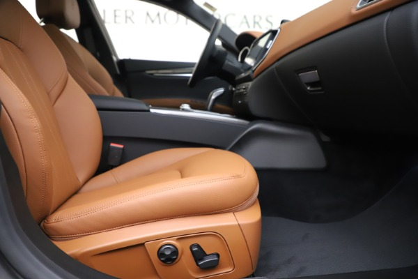 New 2020 Maserati Ghibli S Q4 for sale $79,985 at Bentley Greenwich in Greenwich CT 06830 23