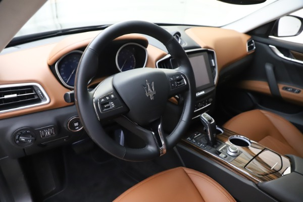 New 2020 Maserati Ghibli S Q4 GranLusso for sale Sold at Bentley Greenwich in Greenwich CT 06830 13