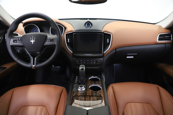 New 2020 Maserati Ghibli S Q4 GranLusso for sale Sold at Bentley Greenwich in Greenwich CT 06830 16