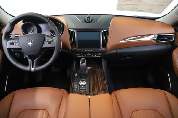 New 2020 Maserati Levante S Q4 GranLusso for sale $94,985 at Bentley Greenwich in Greenwich CT 06830 16
