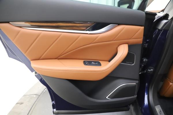 New 2020 Maserati Levante S Q4 GranLusso for sale $94,985 at Bentley Greenwich in Greenwich CT 06830 21