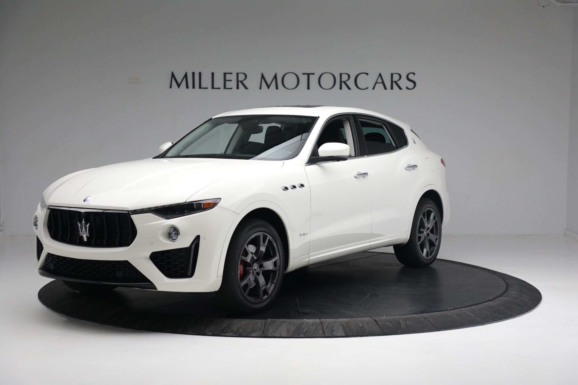 New 2020 Maserati Levante Q4 GranSport for sale $81,385 at Bentley Greenwich in Greenwich CT 06830 1