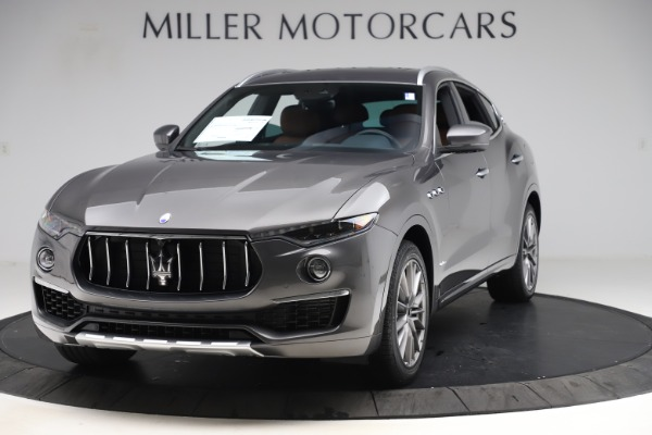 New 2020 Maserati Levante Q4 GranLusso for sale $84,985 at Bentley Greenwich in Greenwich CT 06830 1
