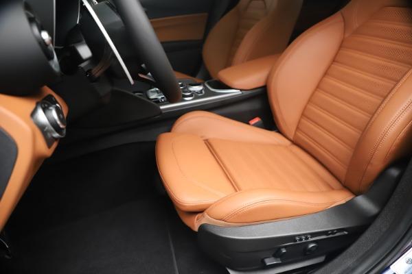 New 2020 Alfa Romeo Giulia Ti Sport Q4 for sale $52,840 at Bentley Greenwich in Greenwich CT 06830 15
