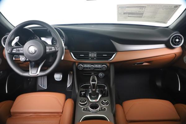 New 2020 Alfa Romeo Giulia Ti Sport Q4 for sale $52,840 at Bentley Greenwich in Greenwich CT 06830 16