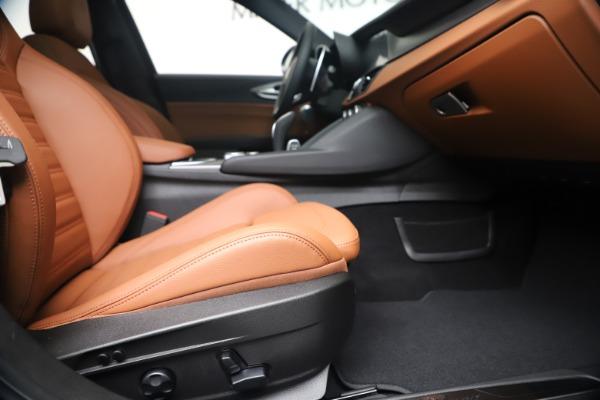 New 2020 Alfa Romeo Giulia Ti Sport Q4 for sale $52,840 at Bentley Greenwich in Greenwich CT 06830 23
