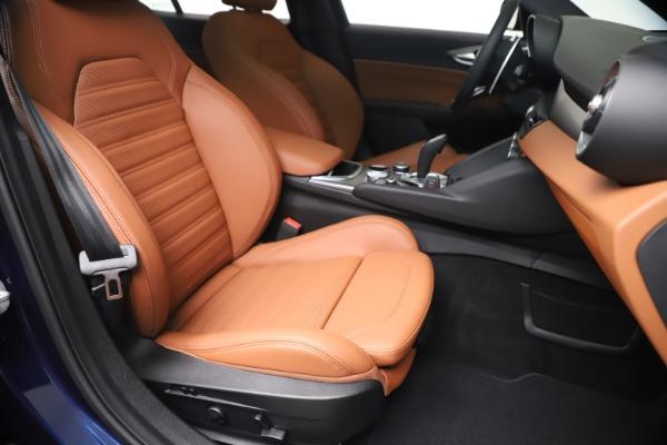 New 2020 Alfa Romeo Giulia Ti Sport Q4 for sale $52,840 at Bentley Greenwich in Greenwich CT 06830 24