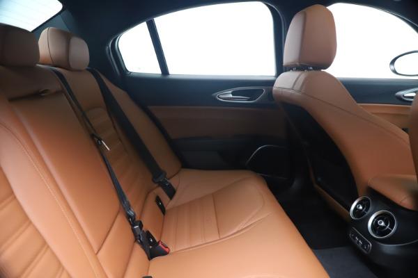 New 2020 Alfa Romeo Giulia Ti Sport Q4 for sale $52,840 at Bentley Greenwich in Greenwich CT 06830 27