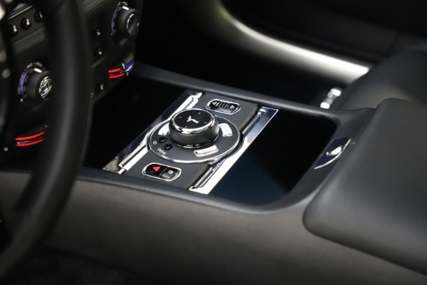Used 2015 Rolls-Royce Wraith for sale $179,900 at Bentley Greenwich in Greenwich CT 06830 22