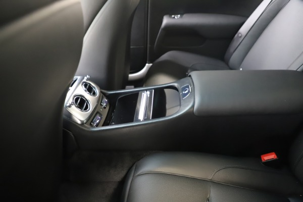 Used 2015 Rolls-Royce Wraith for sale $179,900 at Bentley Greenwich in Greenwich CT 06830 24