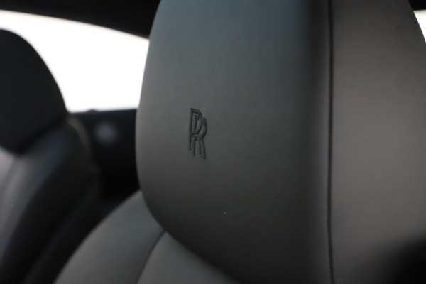 Used 2015 Rolls-Royce Wraith for sale $179,900 at Bentley Greenwich in Greenwich CT 06830 27