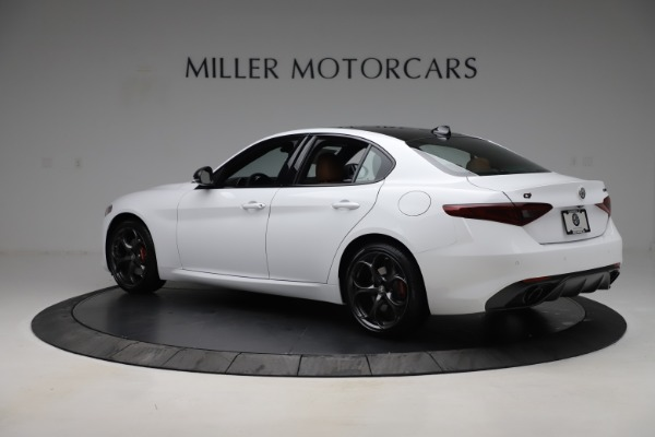 New 2020 Alfa Romeo Giulia Ti Sport Q4 for sale $53,190 at Bentley Greenwich in Greenwich CT 06830 4