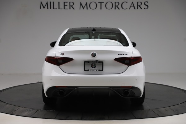 New 2020 Alfa Romeo Giulia Ti Sport Q4 for sale $53,190 at Bentley Greenwich in Greenwich CT 06830 6