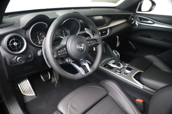 New 2020 Alfa Romeo Stelvio Ti Sport Q4 for sale $57,590 at Bentley Greenwich in Greenwich CT 06830 13