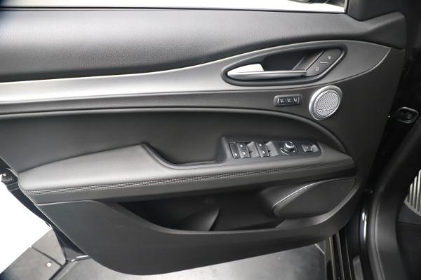 New 2020 Alfa Romeo Stelvio Ti Sport Q4 for sale $57,590 at Bentley Greenwich in Greenwich CT 06830 17